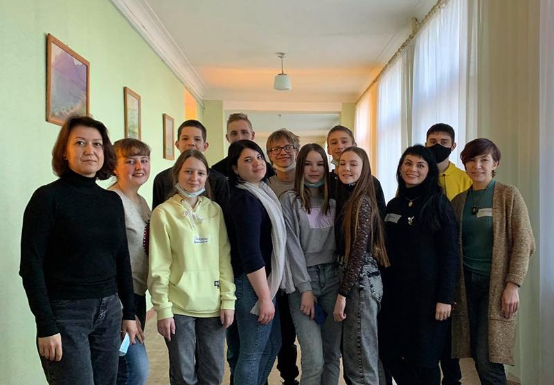 Школи Донбасу познайомилися із проєктом DocUaDream